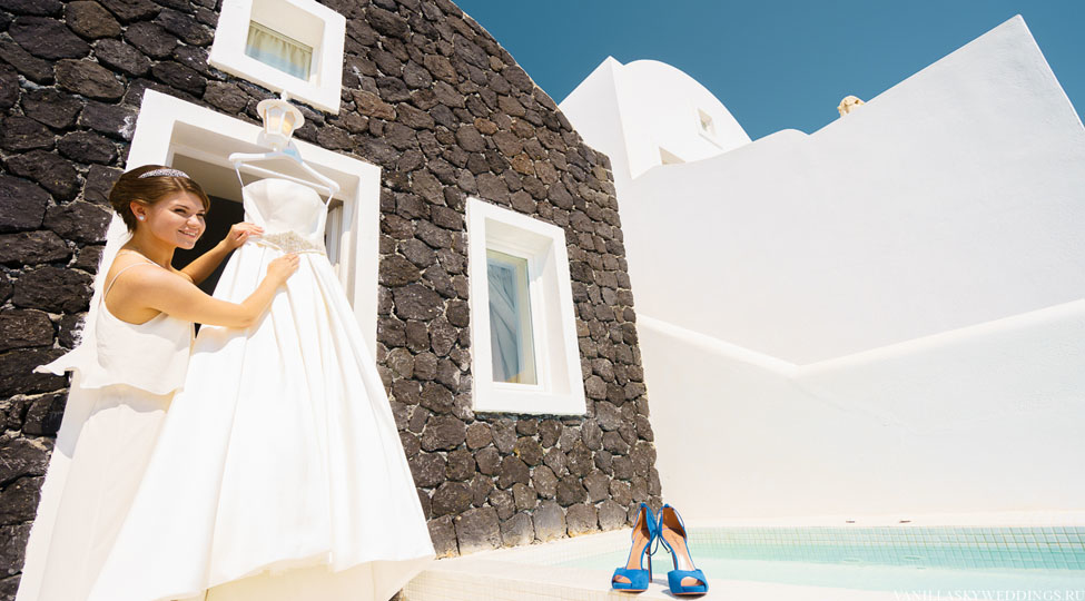 santorini_wedding-bride-morning