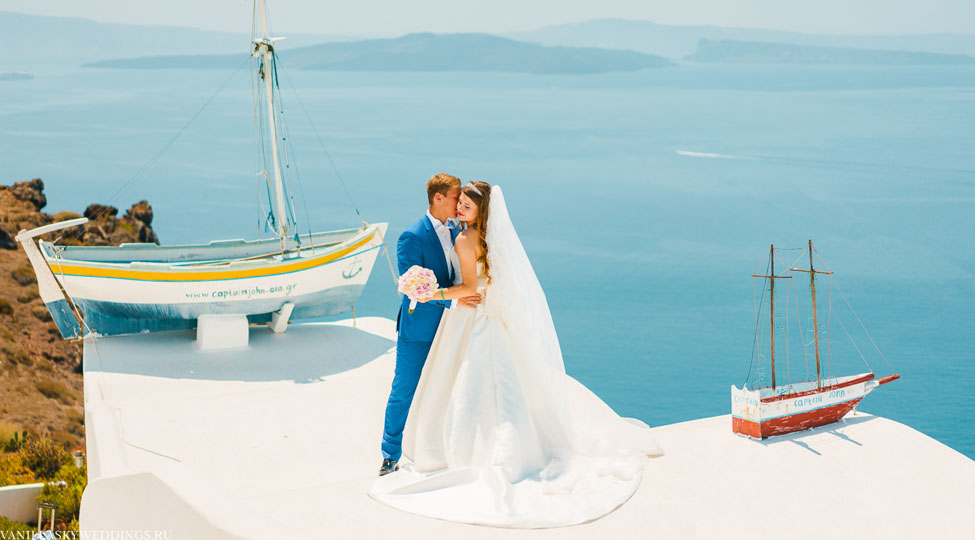 questions-answers-santorini-wedding-caldera-view