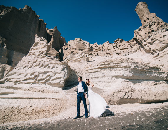 dmitry-and-irina-santorini_wedding_in_greece_andromeda